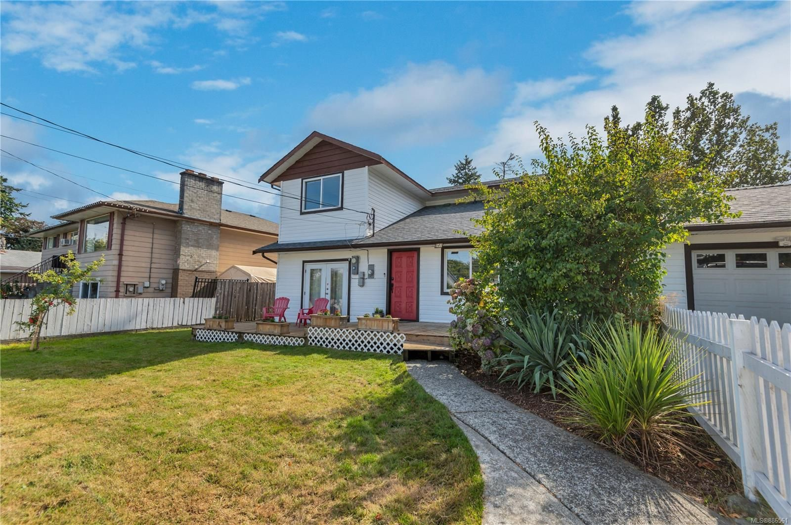 Main Photo: 541 6th Ave in Campbell River: CR Campbell River Central House for sale : MLS®# 886561