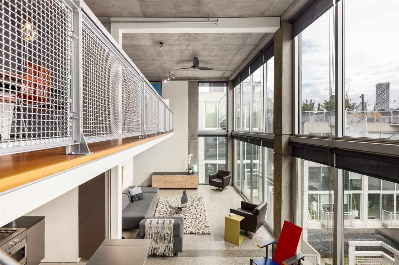 """Main Photo: PH 610 1540 W 2ND Avenue in Vancouver: False Creek Condo for sale in """"The Waterfall Building"""" (Vancouver West)  : MLS®# R2606884"""