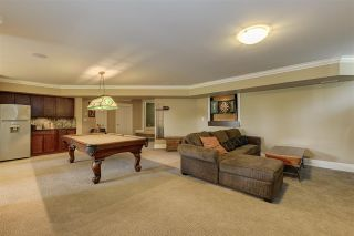 Photo 19: 12968 SOUTHRIDGE Drive in Surrey: Panorama Ridge House for sale : MLS®# R2434272