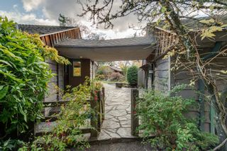 Photo 3: 903 Bradley Dyne Rd in : NS Ardmore House for sale (North Saanich)  : MLS®# 870746