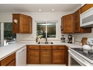 """Photo 10: 24697 48B Avenue in Langley: Salmon River House for sale in """"STRAWBERRY HILLS"""" : MLS®# F1326525"""