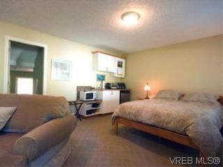 Photo 14: 655 Grenville Ave in VICTORIA: Es Rockheights Half Duplex for sale (Esquimalt)  : MLS®# 504942