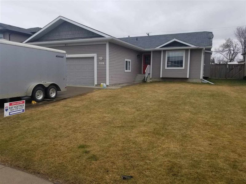 FEATURED LISTING: 5106 54 Avenue Redwater