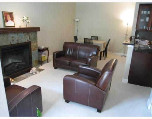 """Photo 4: Photos: 127 7388 MACPHERSON Avenue in Burnaby: Metrotown Condo for sale in """"ACACIA"""" (Burnaby South)  : MLS®# V770713"""