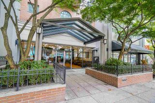 "Photo 2: 803 1188 HOWE Street in Vancouver: Downtown VW Condo for sale in ""1188 Howe"" (Vancouver West)  : MLS®# R2526482"