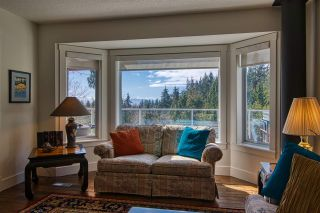 Photo 12: 6525 JASPER Road in Sechelt: Sechelt District House for sale (Sunshine Coast)  : MLS®# R2560207
