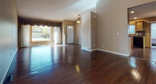 Photo 10: 18 Coral Sands Place NE in Calgary: Coral Springs Detached for sale : MLS®# A1109060