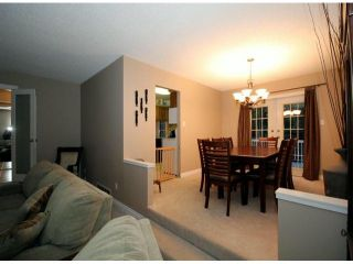 """Photo 3: 9821 116TH Street in Surrey: Royal Heights House for sale in """"Royal Heights"""" (North Surrey)  : MLS®# F1228582"""