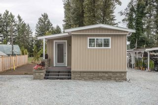 """Photo 2: 4 8953 SHOOK Road in Mission: Hatzic Manufactured Home for sale in """"KOSTER MHP"""" : MLS®# R2613582"""