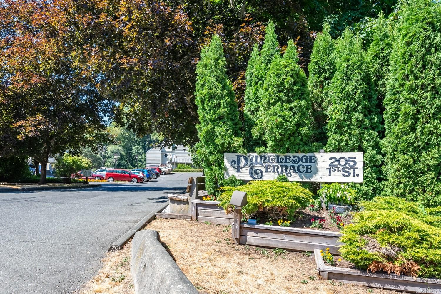 Photo 28: Photos: 303 205 1st St in : CV Courtenay City Row/Townhouse for sale (Comox Valley)  : MLS®# 883172
