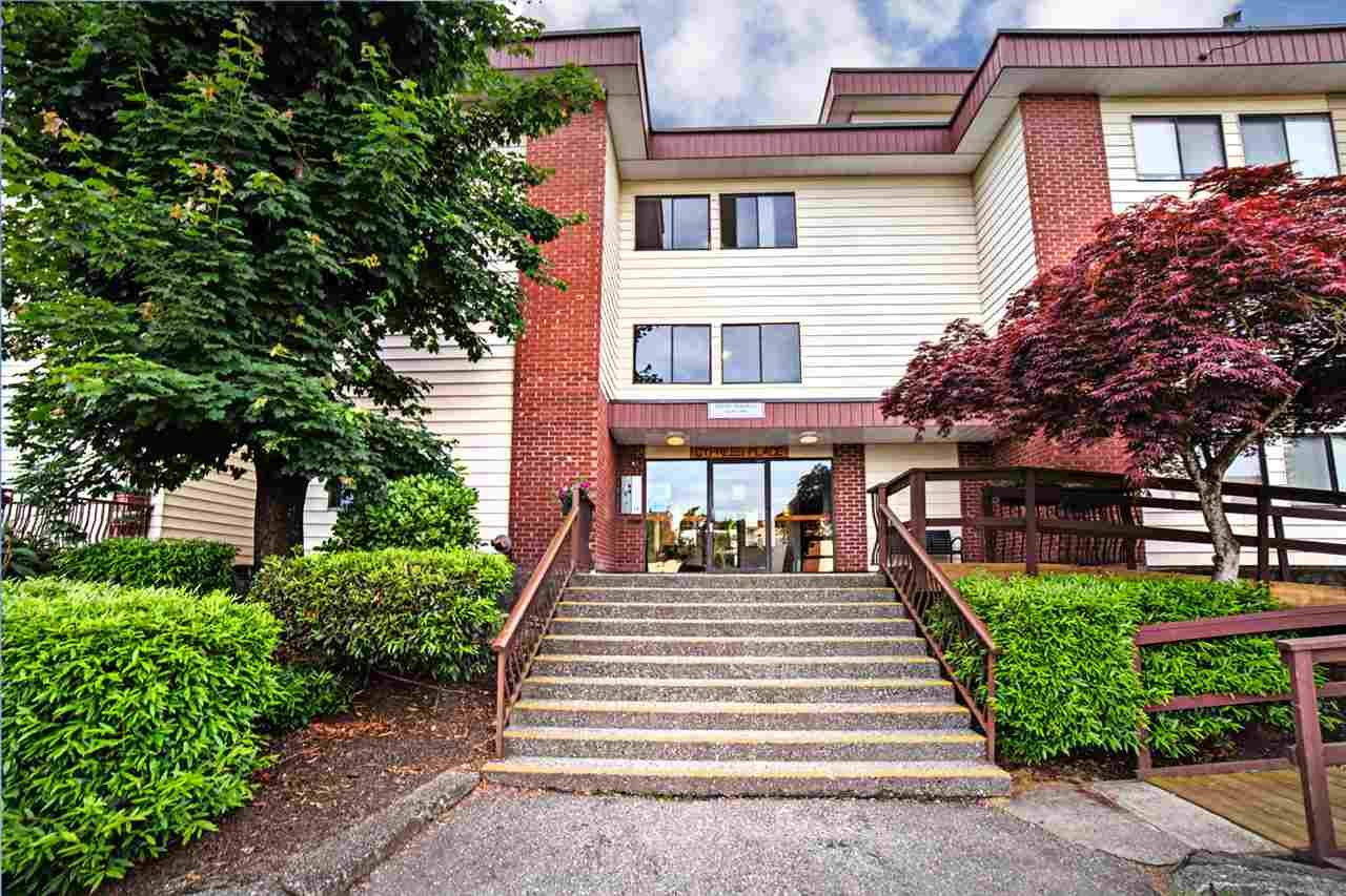 """Main Photo: 300 1909 SALTON Road in Abbotsford: Central Abbotsford Condo for sale in """"FOREST VILLAGE"""" : MLS®# R2173079"""