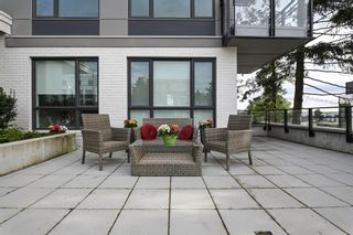 """Photo 10: 101 707 E 3RD Street in North Vancouver: Lower Lonsdale Condo for sale in """"Green on Queensbury"""" : MLS®# R2453734"""