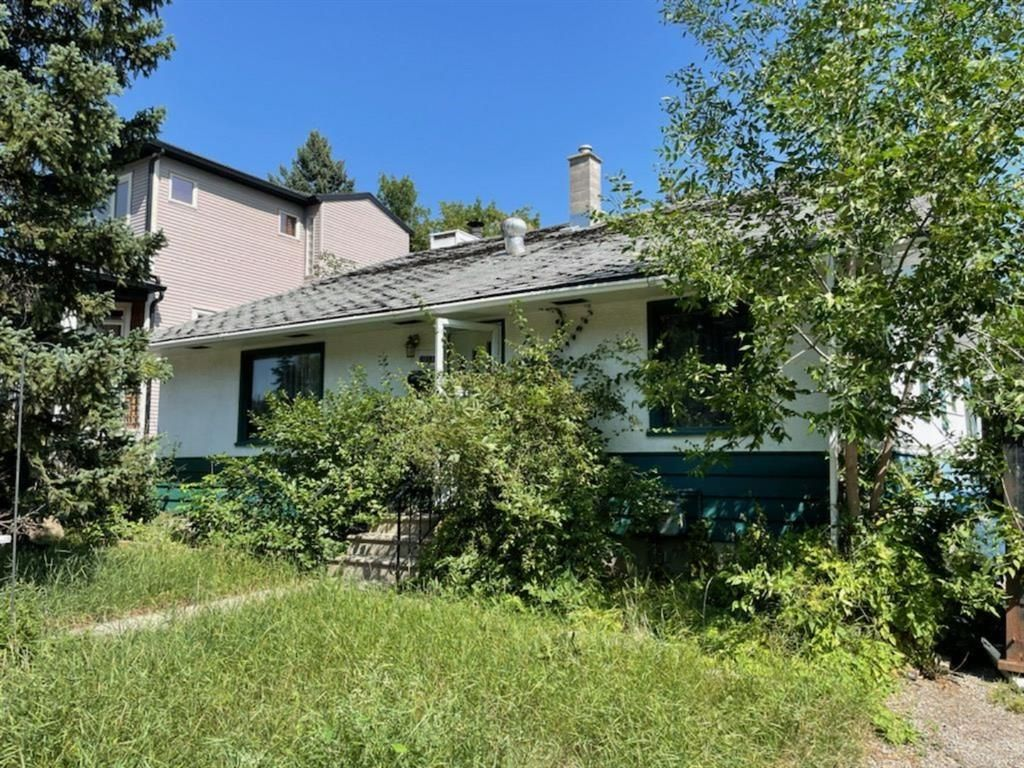 Main Photo: 2218 17A Street SW in Calgary: Bankview Detached for sale : MLS®# A1139994