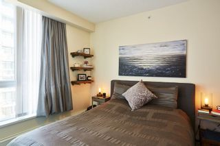 """Photo 13: 805 1833 CROWE Street in Vancouver: False Creek Condo for sale in """"THE FOUNDRY"""" (Vancouver West)  : MLS®# R2120097"""