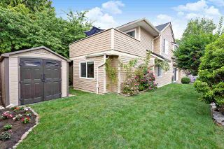"Photo 2: 6 5501 LADNER TRUNK Road in Delta: Hawthorne Townhouse for sale in ""Sycamore Court"" (Ladner)  : MLS®# R2402042"