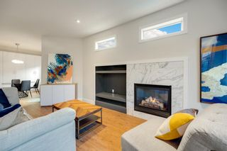 Photo 3: 2 716 56 Avenue SW in Calgary: Windsor Park Row/Townhouse for sale : MLS®# A1151316