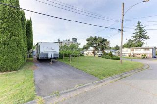 Photo 4: 8435 HILTON Drive in Chilliwack: Chilliwack E Young-Yale House for sale : MLS®# R2585068