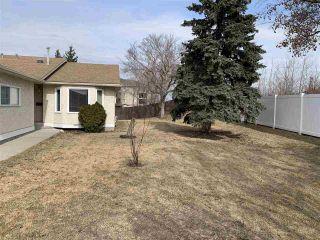 Photo 4: 22 9375 172 Street in Edmonton: Zone 20 House Half Duplex for sale : MLS®# E4227027