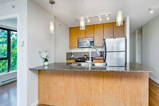 """Photo 9: 206 7063 HALL Avenue in Burnaby: Highgate Condo for sale in """"EMERSON at Highgate Village"""" (Burnaby South)  : MLS®# R2389520"""