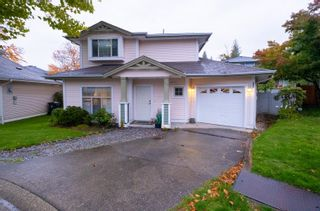 """Photo 1: 33 8675 209 Street in Langley: Walnut Grove House for sale in """"THE SYCAMORES"""" : MLS®# R2625315"""