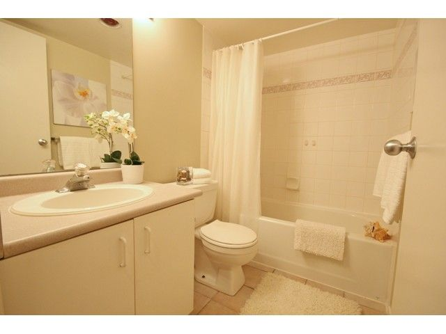 """Photo 9: Photos: 1407 811 HELMCKEN Street in Vancouver: Downtown VW Condo for sale in """"IMPERIAL TOWER"""" (Vancouver West)  : MLS®# V990831"""