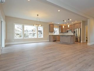 Photo 3: 2417 Setchfield Ave in VICTORIA: La Florence Lake House for sale (Langford)  : MLS®# 779752