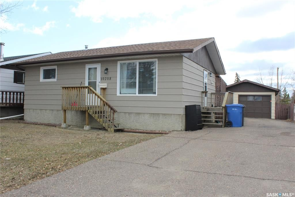 Main Photo: 10208 Ross Crescent in North Battleford: Fairview Heights Residential for sale : MLS®# SK850035