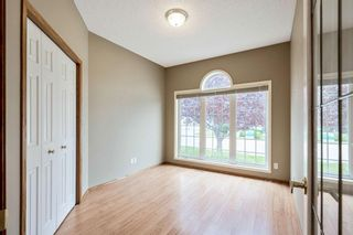 Photo 11: 35 Douglasview Park SE in Calgary: Douglasdale/Glen Semi Detached for sale : MLS®# A1149405