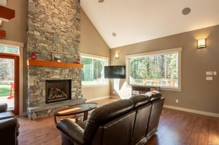 Photo 6: 3815 Woodland Dr in : CR Campbell River South House for sale (Campbell River)  : MLS®# 871197
