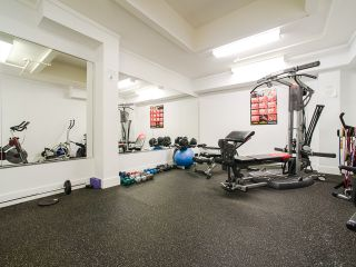 """Photo 17: 303 1226 HAMILTON Street in Vancouver: Yaletown Condo for sale in """"GREENWICH PLACE"""" (Vancouver West)  : MLS®# R2056690"""