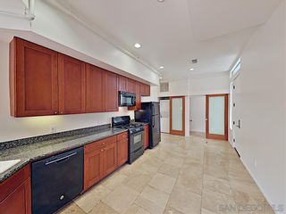 Photo 3: POINT LOMA Condo for rent : 2 bedrooms : 3244 Nimitz Blvd. #3 in San Diego