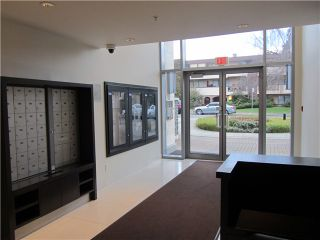 """Photo 18: 404 1088 W 14TH Avenue in Vancouver: Fairview VW Condo for sale in """"COCO"""" (Vancouver West)  : MLS®# V1044068"""