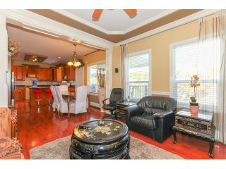 """Photo 7: 14861 74TH Avenue in Surrey: East Newton House for sale in """"CHIMNEY HEIGHTS"""" : MLS®# F1438528"""