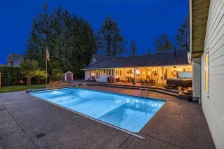 """Photo 3: 24388 46A Avenue in Langley: Salmon River House for sale in """"Strawberry Hills"""" : MLS®# R2574788"""