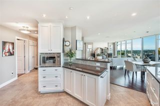 """Photo 11: 1102 14824 NORTH BLUFF Road: White Rock Condo for sale in """"BELAIRE"""" (South Surrey White Rock)  : MLS®# R2604497"""