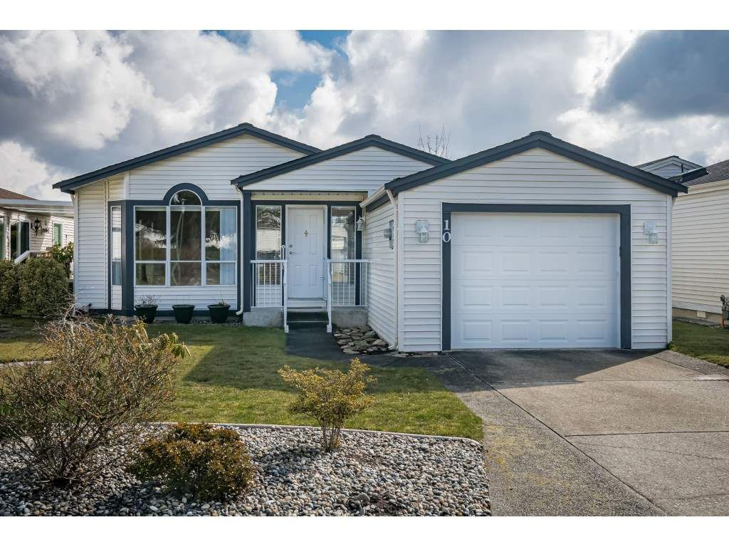 Main Photo: 10 2345 CRANLEY DRIVE in Surrey: King George Corridor Manufactured Home for sale (South Surrey White Rock)  : MLS®# R2528785