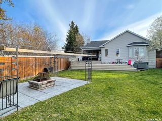 Photo 3: 705 2nd Avenue West in Meadow Lake: Residential for sale : MLS®# SK851053