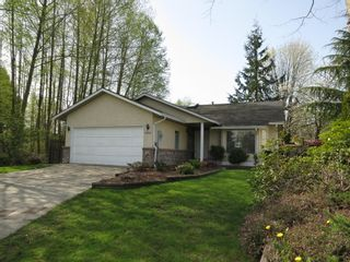 Photo 1: 15621 BOWLER PLACE in South Surrey: King George Corridor House for sale ()  : MLS®# F1438101