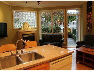 """Photo 7: 104 15154 ROPER Avenue: White Rock Condo for sale in """"SAND DOLLAR"""" (South Surrey White Rock)  : MLS®# F1425416"""