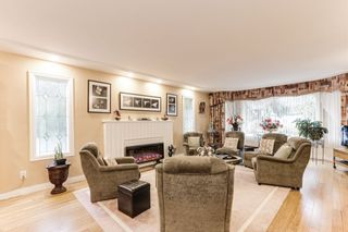 """Photo 2: 5096 BENTLEY Drive in Delta: Hawthorne House for sale in """"HAWTHORNE"""" (Ladner)  : MLS®# R2436518"""