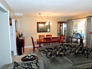 Photo 4: 107 3048 Washington Ave in VICTORIA: Vi Burnside Row/Townhouse for sale (Victoria)  : MLS®# 627051