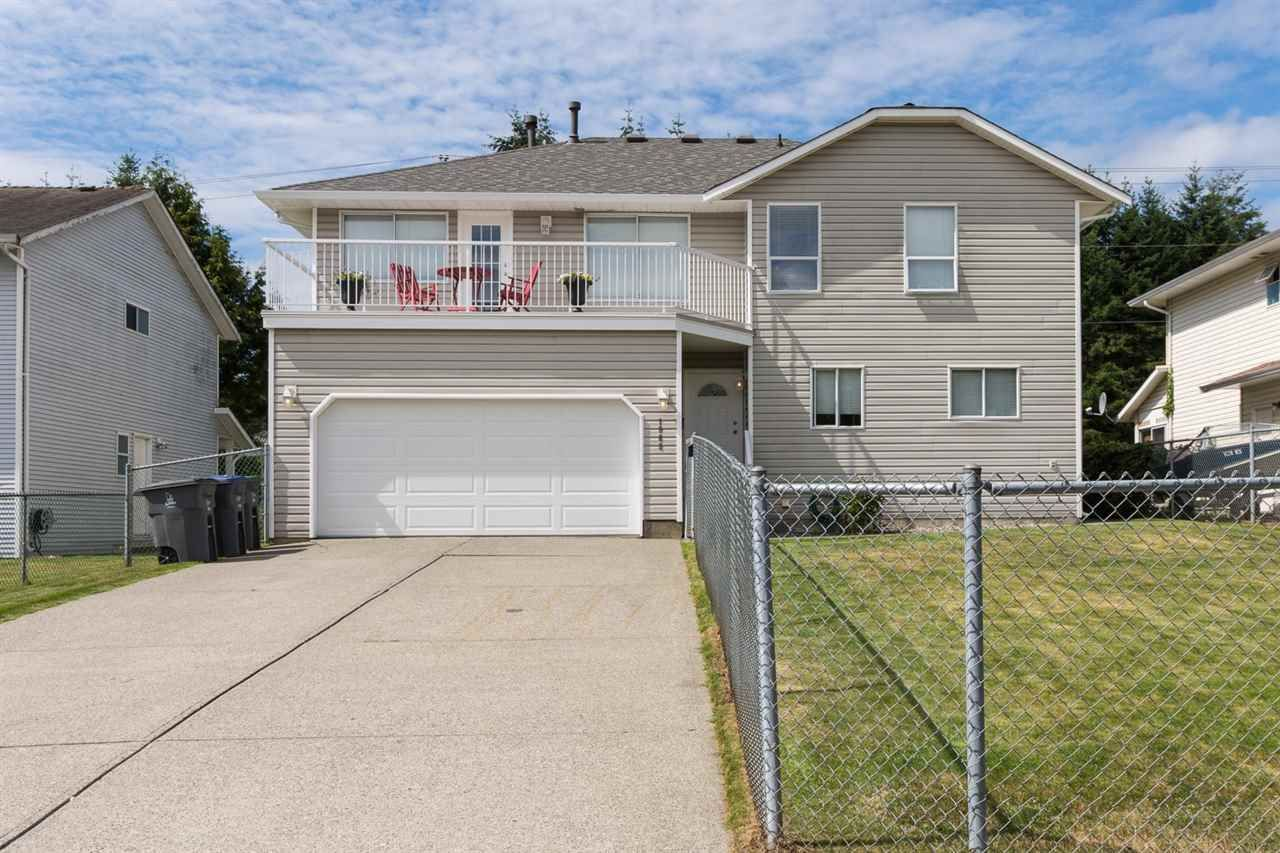 Main Photo: 1868 KING GEORGE BOULEVARD in Surrey: King George Corridor House for sale (South Surrey White Rock)  : MLS®# R2091379