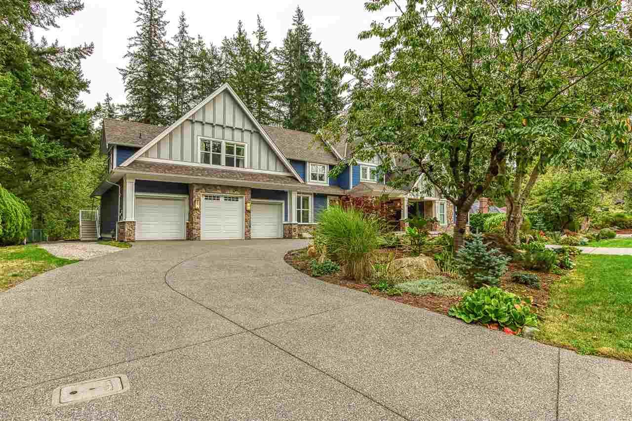 """Photo 2: Photos: 2732 NORTHCREST Drive in Surrey: Sunnyside Park Surrey House for sale in """"Woodshire Park"""" (South Surrey White Rock)  : MLS®# R2543125"""
