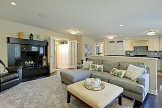 Photo 6: 4151 42 Street SW in Calgary: Glamorgan Detached for sale : MLS®# A1131147