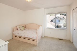 """Photo 24: 405 13900 HYLAND Road in Surrey: East Newton Townhouse for sale in """"HYLAND GROVE"""" : MLS®# R2605860"""