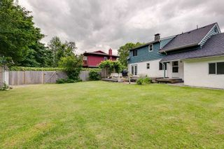 """Photo 3: 41318 KINGSWOOD Road in Squamish: Brackendale House for sale in """"Eagle Run"""" : MLS®# R2277038"""