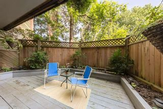 "Photo 1: 105 550 E 6TH Avenue in Vancouver: Mount Pleasant VE Condo for sale in ""LANDMARK GARDENS"" (Vancouver East)  : MLS®# R2495111"