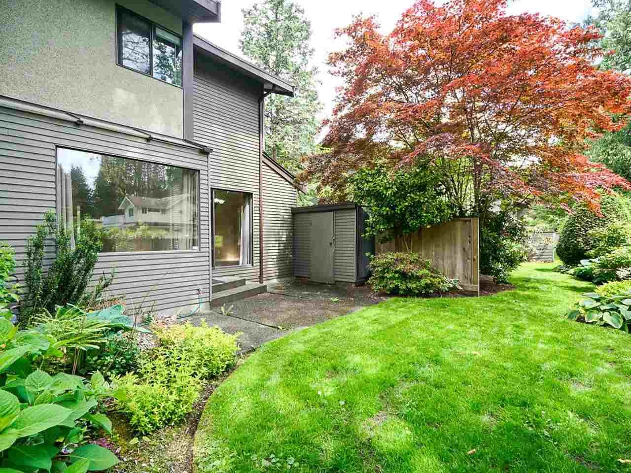 """Photo 31: Photos: 4713 GLENWOOD Avenue in North Vancouver: Canyon Heights NV Townhouse for sale in """"Montroyal Village"""" : MLS®# R2464484"""
