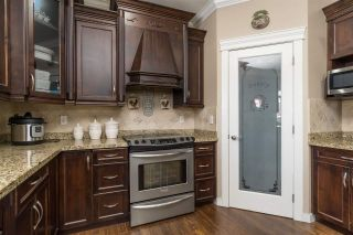Photo 15: 2721 CARRIAGE Court: House for sale in Abbotsford: MLS®# R2528026