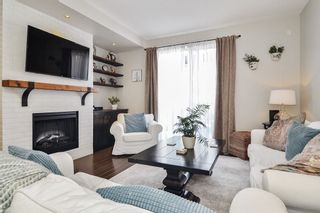 """Photo 2: 15 18983 72A Avenue in Surrey: Clayton Townhouse for sale in """"The Kew"""" (Cloverdale)  : MLS®# R2542771"""